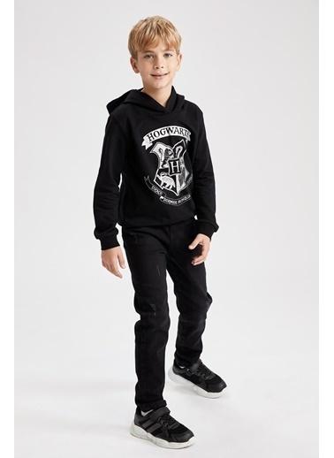 DeFacto Erkek Çocuk Slim Fit Yıpratma Detaylı Jean Pantolon Siyah